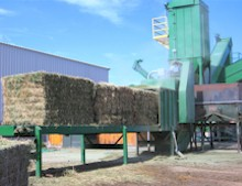 Cubing equipment at Manzanola Feeds, producer of TOP OF THE ROCKIES Horse Cubes, Mini Cubes, and Alfalfa Pellets.